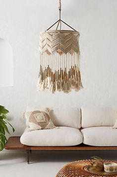 handmade home decor 8 Fall Home Design Trends to Love from Anthropologie Home Decor Accessories, Decorative Accessories, Decorative Items, Anthropologie Home, Diy Casa, Style Deco, Beautiful Living Rooms, Handmade Home Decor, Cheap Diy Home Decor