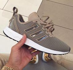 Wheretoget - Tan mesh Nike sneakers