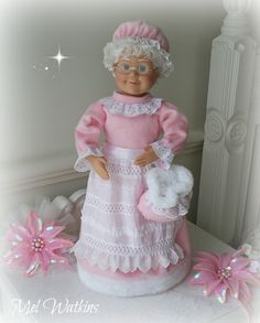 One of our stunning PINK Mrs Claus dolls <3