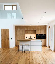Willkommen im Haus 22 🧡 (@house.no22) • Instagram-Fotos und -Videos Divider, Loft, Bed, Furniture, Instagram, House, Home Decor, Videos, Pictures