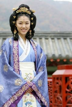Shindon(Hangul:신돈;) is aSouth Koreantelevision series about thelifeofKotyo-era monkShindon. Theperiod dramawas broadcast byMBCfrom 2005 to 20o6.  Shin Don(신돈, 1322~1371) was aKorean Buddhistmonk and scholar during theGoryeo Dynasty; He had the full confidence ofKing Gongmin, and he tried to reform the society ofGoryeo. King Gongmin judged Shin Don clever.  He appointed ashinjin sadaebu(hangul: 신진사대부) (a group of new high-level officials) with an air of freshness and drove…