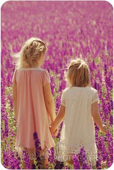 sisters and country girls at heart Sisters Forever, Friends Forever, Love My Sister, Sister Friends, True Friends, Kodak Moment, Poses, Beautiful Children, Precious Children