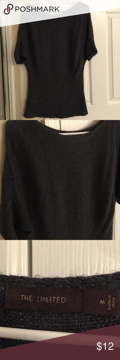 Sale!🎉Accepting Offers!!🎉 Perfect for the fall and winter season. Wool Blend Grey Top from The Limited. Size M. Nice Condition. A Little bit of pilling but not much. The neck line on this is high (by the collar bone); beautiful, modest, classy 👌🏻 helps when bending over so you're not showing yourself to anyone. The Limited Tops
