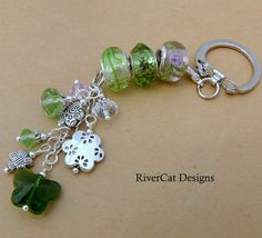 Inspiration photo - keychain Get your green on!
