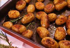 Ez a legízletesebb köret! Pretzel Bites, Baked Potato, Side Dishes, Good Food, Food And Drink, Potatoes, Bread, Snacks, Vegan