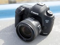 Canon EOS 5D III & EF 35mm F2 IS USM.