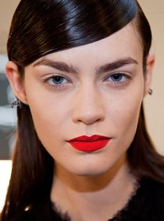 You Can Have Fuller Brows, Naturally  #refinery29  http://www.refinery29.com/growing-out-eyebrows