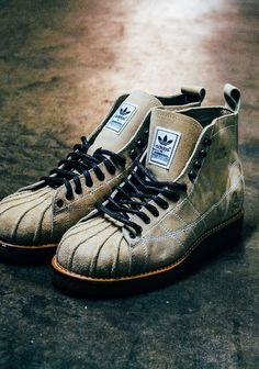 NEIGHBORHOOD x adidas Shelltoe