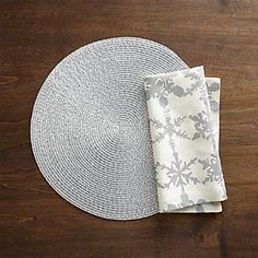 Matte Glimmer Placemat and Snowfall Silver Linen Napkin