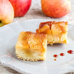 Saftiger Low Carb Apfel-Zimt-Kuchen