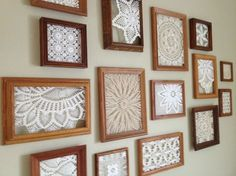 30 Idee super per poterli riciclare! Da non perdere! - an inexpensive way to fill a big, blank wall – thrifted frames with doilies hot glued inside (bou -