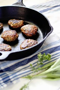Turkey Breakfast Sausage - insockmonkeyslippers.com  #healthy #breakfast