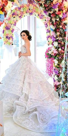 Wedding Dresses With Gorgeous Architectural Details - Deer Pearl Flowers / http://www.deerpearlflowers.com/wedding-dress-inspiration/wedding-dresses-with-gorgeous-architectural-details/