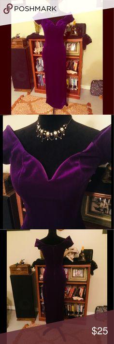 Vintage Long Purple Velvet Lounge Singer Dress Sz2 Vintage Long Purple Velvet Lounge Singer Dress Sz2. Good Condition. Authentic Original Vintage Style Dresses Maxi