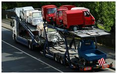 Ape Car Nachschub Vespa Ape, Piaggio Ape, Old Vintage Cars, Brick Molding, Heavy Truck, Daihatsu, Concrete Blocks, Car Wheels, Scooters