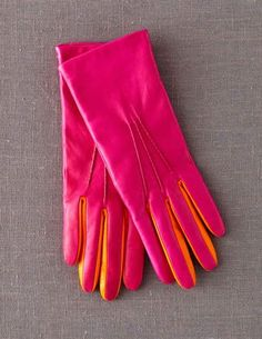 I have such a crush on these... Must have! @BodenClothing Leather Gloves