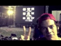 ▶ Harry Styles — Royals - YouTube WATCH THIS THIS IS AMAZAYN WATCH IT PLEASE!!!!!??????<<< I WAS NOT PREPARED