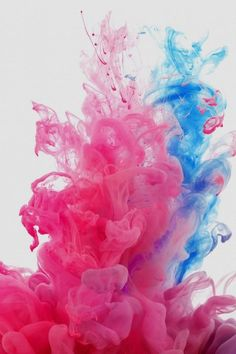 LG G3 Stock Red Blue Smoke iPhone 5 Wallpaper