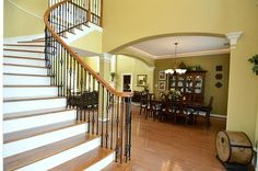 Love the foyer in this Deer Park, #Texas #home