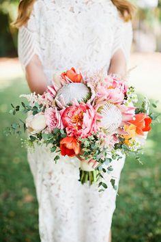 Wedding Bouquets :     Picture    Description  tropical inspired bouquet – photo by Julie Harmsen Photography ruffledblog.com/… #weddingbouquet #flowers    - #Bouquets https://weddinglande.com/accessories/bouquets/wedding-bouquets-tropical-inspired-bouquet-photo-by-julie-harmsen-photography-ruffledblog-com-2/