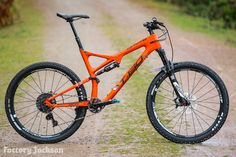 2016 WHYTE T130 CARBON RS