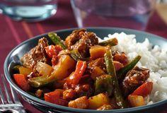 Goulash met varkensstoofvlees Beef Goulash, Baked Rice, Jambalaya, Open Kitchen, Love Food, Crockpot, Slow Cooker, Curry, Pork