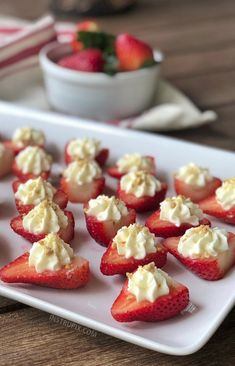 Deviled Strawberries Recipe (made with a sweet cream cheese filling) - The BEST finger food, sweet snack and party idea for a crowd! This quick, easy and fun appetizer idea is also perfect for Valentine's Day! Fruit Appetizers, Appetizers For A Crowd, Food For A Crowd, Appetizers For Party, Appetizer Recipes, Appetizer Ideas, Appetizer Dessert, Dip Recipes For Parties, Birthday Appetizers