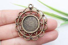 Own Charm ~ Pendant Tray, Bezel Setting, Cabochon Tray - Antique Bronze