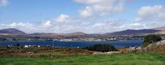 Castletown seen from Bere Island, Beara Peninsula, County Cork. Creativity and inspirations from Ireland Kreativ-Alltag im blauen Cottage in Irland: Irland | Ireland