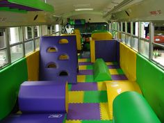 Tumble Fun Bus: a full sized school bus that has been converted into a children's gymnastics center that comes right to your door! I wanna play in there! Gymnastics Center, Gymnastics Party, Olympic Gymnastics, Olympic Games, Kids Party Bus, Bus House, Wheels On The Bus, Playroom Design, Party Venues