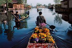 Merchants Paddle Boats  | KASHMIR Steve Mccurry