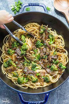 Beef Lo Mein Noodles (One Pot) Easy + Recipe Video