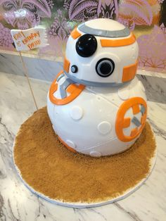 Star Wars cake #NadiaCakes Star Wars Cake, Food Network Recipes, A Food, Workouts, Bakery, Deserts, Postres, Work Outs, Excercise