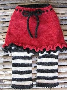 Thanksolivia skirty and longies awesome pin Knitting For Kids, Baby Knitting Patterns, Crochet For Kids, Baby Patterns, Knitting Projects, Baby Skirt, Baby Pants, Crochet Skirts, Knit Crochet