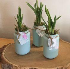 Baby voeding potjes geverfd met Decorative Hobby Paint van Deco & Lifestyle,de kleur  Pale green in voorjaar verkrijgbaar.