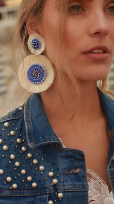 Crochet wonders - a stylish woman, a more beautiful home! New 2019 - Page 15 of 51 - apronbasket .com- crochet earrings, crochet earrings pattern, crochet earrings free pattern, crochet earrings tutor Beaded Earrings, Beaded Jewelry, Leather Jewelry, Jewellery, Dangle Earrings, Diamond Earrings, Handmade Bracelets, Earrings Handmade, Handmade Jewelry