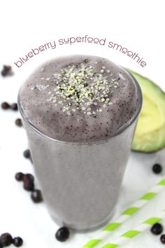 Blueberry Superfood Smoothie - a healthy smoothie recipe packed full of superfood ingredients to keep you full all day long!
