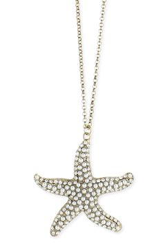 Pearls Starfish Necklace.