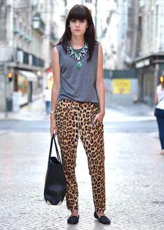 Pantalones Leopardo...están arrasando!!! by Zara... ¿que pensáis de ellos? #moda