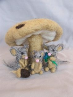 Needle Felted Tiny Mice with Mushroom by Laurie Valko