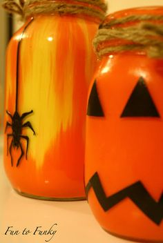 Mason Jars to decorate for Halloween!