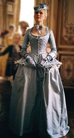 "The arrival at Versailles- ""Marie Antoinette"" (2006) - Marie's simple innocent gown and unaltered blonde hair. Costume designer : Milena Canonero"