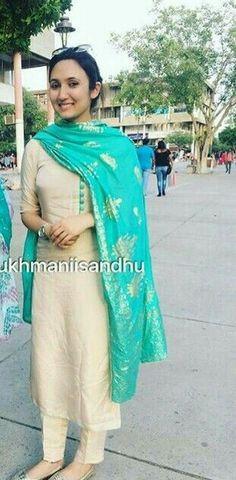 Indian salwar kameez Click visit link for Kurta Designs Women, Salwar Designs, Blouse Designs, Indian Suits, Indian Attire, Indian Wear, Designer Punjabi Suits, Indian Designer Wear, Salwar Pattern