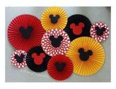 Mickey Mouse Paper Fan    This would be cute for a photo backdrop.