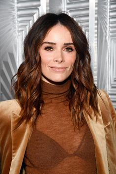 """Spencer's first major acting role was playing Rebecca """"Becca"""" Tyree on ABC soap opera All My Children from June to April 2001 Stunningly Beautiful, Beautiful Women, The Haunting In Connecticut, Abigail Spencer, Hair Color For Women, Celebs, Celebrities, Hollywood Actresses, Becca"""
