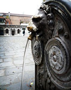 Venice fountain by l.a. is my constant on Flickr