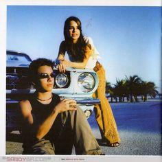 _Sandy & Junior Internacional 638 : Ah como é bom voltar aqui pro meu cantinho que eu amo tanto fiquei com medo de nunca mais voltar aqui <3 Hoje CD internacional ---------------------------------------------- Internacional é o décimo-segundo álbum da dupla brasileira Sandy & Junior; arma principal da carreira internacional da dupla, foi lançado em países como França, Inglaterra, Espanha, Portugal, México, Itália, ...