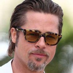 Brad Pitt Slicked Back - Best Brad Pitt Haircuts: How To Style Brad Pitt's Hairstyles, Haircut Styles, and Beard #menshairstyles #menshair #menshaircuts #menshaircutideas #menshairstyletrends #mensfashion #mensstyle #fade #undercut #bradpitt #celebrity #bradpitthair Celebrity Hairstyles, Hairstyles Haircuts, Haircuts For Men, Medium Length Hair Men, Medium Hair Styles, Long Hair Styles, Pompadour, Brad Pitt Style, Brad Pitt Haircut