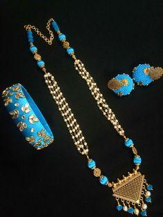 Silk Thread Earrings Designs, Silk Thread Bangles Design, Silk Thread Necklace, Silk Bangles, Beaded Necklace Patterns, Thread Jewellery, Fabric Jewelry, Jewelry Patterns, Necklace Designs