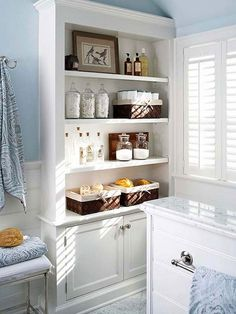 Enhance bathroom storage with built-ins. Use open shelves to hold everyday items. Enhance bathroom storage with built-ins. Use open shelves to hold everyday items. Open Bathroom, Bathroom Closet, Simple Bathroom, Modern Bathroom Design, Bathroom Ideas, Bathroom Built Ins, Bathroom Interior, Master Bathroom, White Bathrooms